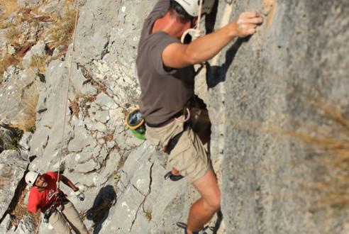 escalada-actividad-aventura-turismo-aventuras-empresas-exploramas-3