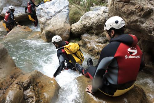 barranquismo-descenso-canon-aventura-exploramas-5